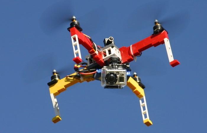 Como fabricar un drone con lego